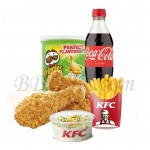 Crispy chicken with fries, coleslaw, chips and coke